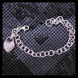 Heart bracelet with sterling and 💎 diamonds